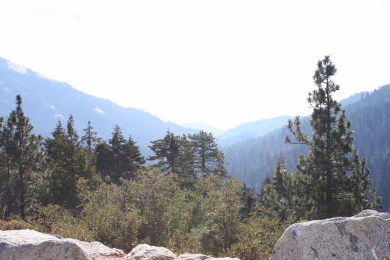 Three Rivers, Kalifornien: Высота 6000 футов над уровнем моря !