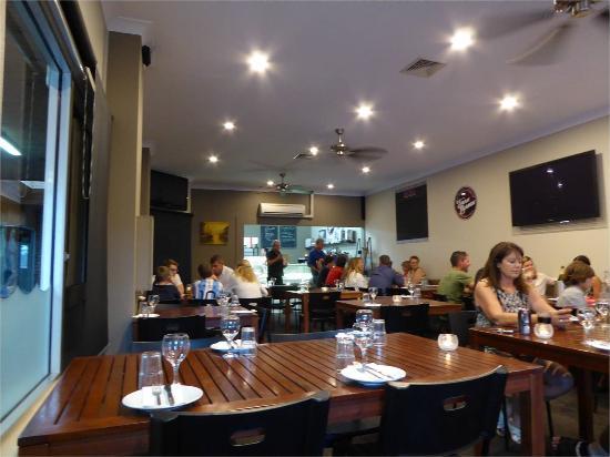Husky Wood Fired Pizza: Inside Faro Bianco