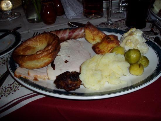 Abington Pigotts, UK: Main course...without all the extra veggies