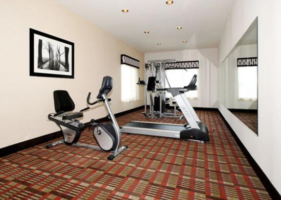 Newton, KS: KSComfort Inn And Suites Fittnesscenter