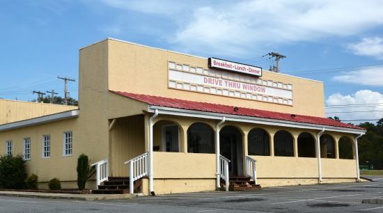 Wayside Restaurant Branchview