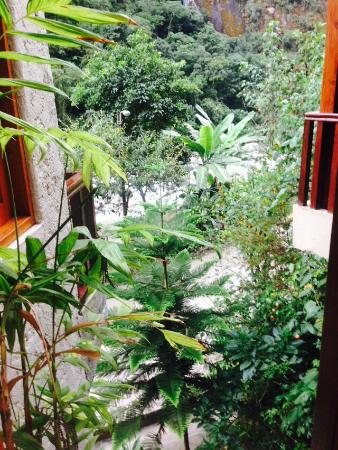 SUMAQ Machu Picchu Hotel: View from bathroom window
