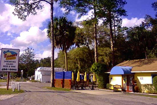 Blue Highway pizzeria in Micanopy, FL