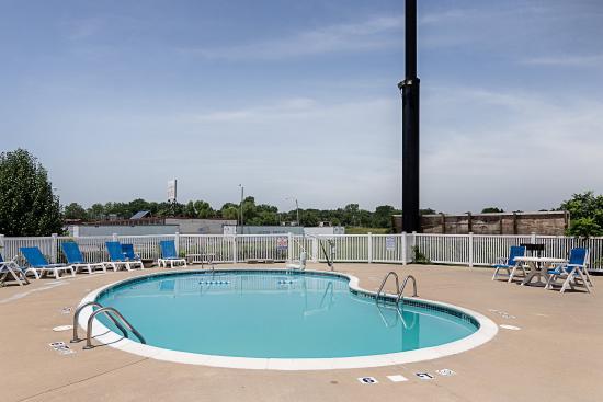 Van Buren, أركنساس: Pool