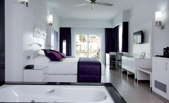 牙買加里尤宮全包飯店 – 只限成人入住