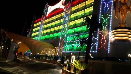 Azura Complex Hotel