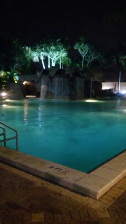Pool - Bonaventure Resort & Spa Photo