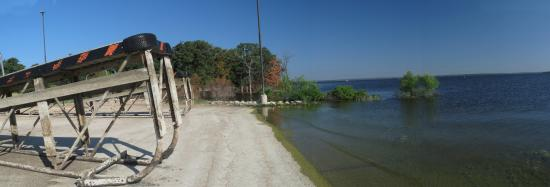 Ray Roberts Lake State Park : High and Finally Dry Docks