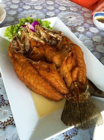 Chomchol: ปลาทอดน้ำปลา