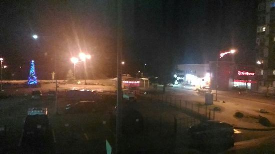 Sovetsky, รัสเซีย: Ночной вид из окна