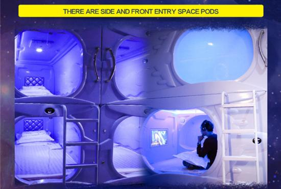 Met A Space Pod Mix Pods Picture Of Met A Space Pod Boat Quay Singapore Tripadvisor