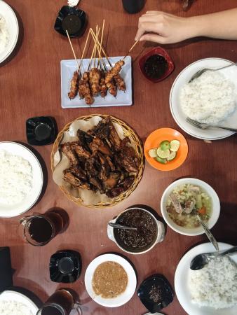 Ayam Goreng Sulawesi Ibu Tini