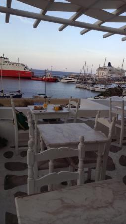 Olia Hotel: View of port from dining area