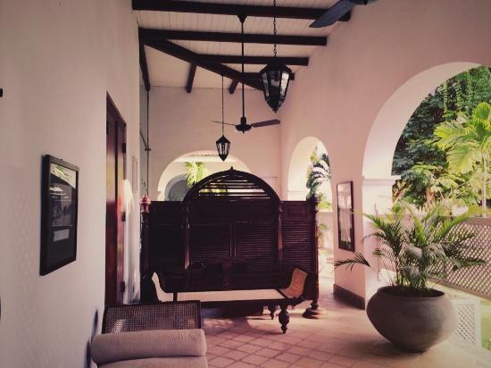 Tamarind Hill: photo6.jpg