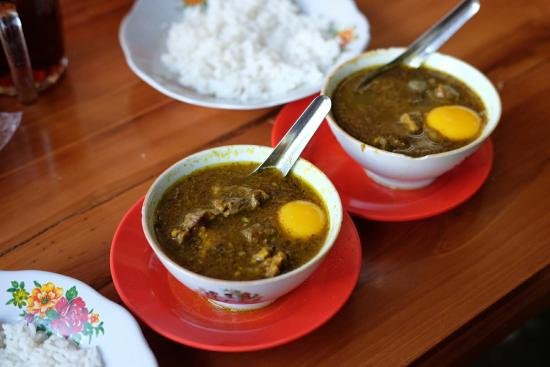 10 Makanan Terbaik Dari Kota Makasar