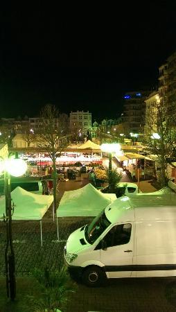 Hotel Cecil : Saturday  Market