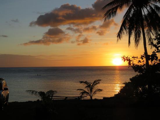 Pintuyan, Filippinene: (fast) täglicher Sonnenuntergang ...
