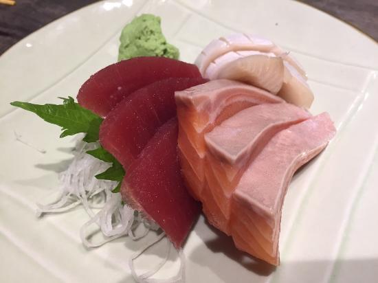The Sushi Bar: Sashimi platter