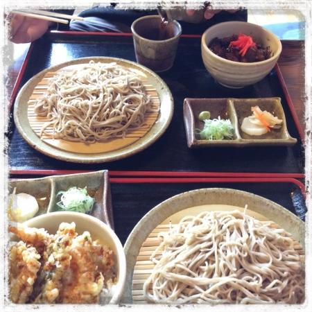 Esashi-cho, Япония: ミニ天丼セット&ミニ豚丼セット