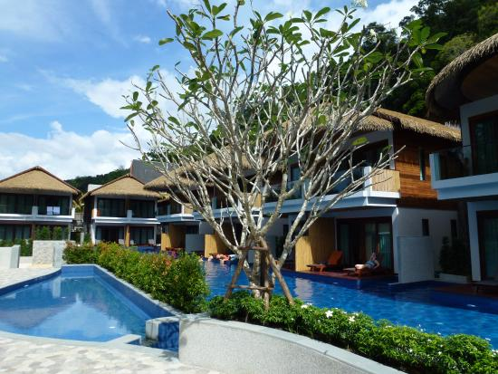 Tup Kaek Sunset Beach Resort New Pool With Deluxe Access Rooms