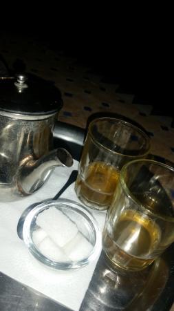 Riad Le Grand Large: mint tea