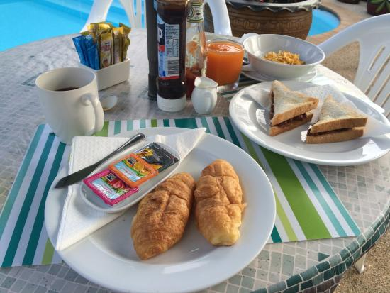 Sansuko Ville Bungalow Resort: Breakfast