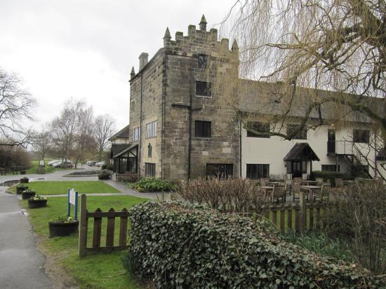 priest house castle donington
