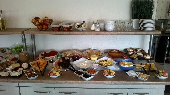 Best Hotel Metz: Buffet de desserts, miam, miam!