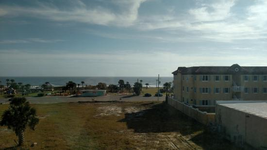 Comfort Suites Oceanview Amelia Island: View from 3rd floor room facing east