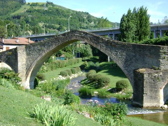 Modigliana, Italien: Il Ponte della Signora