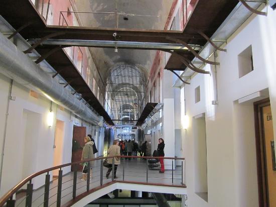 Interior museo picture of espacio de arte contemporaneo for Espacio interior