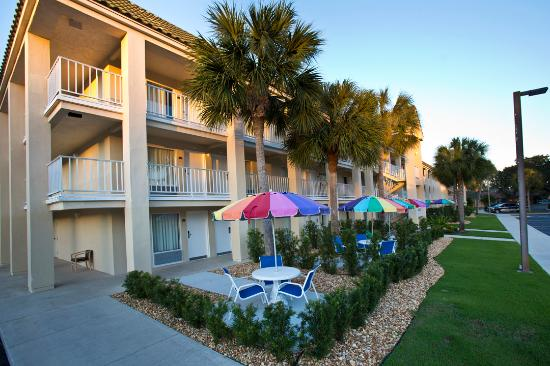 Days Inn Port Charlotte With Guest Patios Picture Of Days Inn By