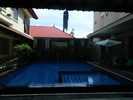 HOTEL MARIA: piscina
