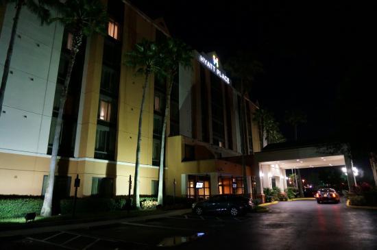 Hyatt Place Orlando Universal: hotel de l'extérieur
