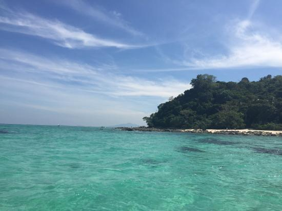 long boat to Mosquito Island - Picture of Mosquito Island, Ko Phi Phi Don - T...