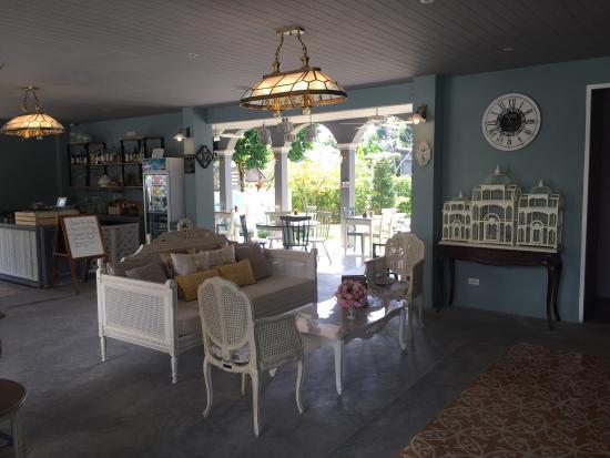 Perennial Resort: photo1.jpg