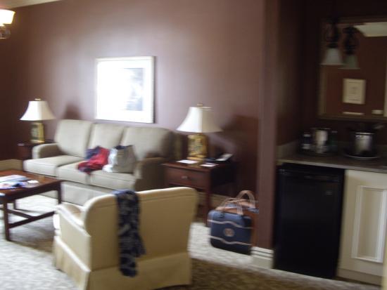 River Inn of Harbor Town: lounge area