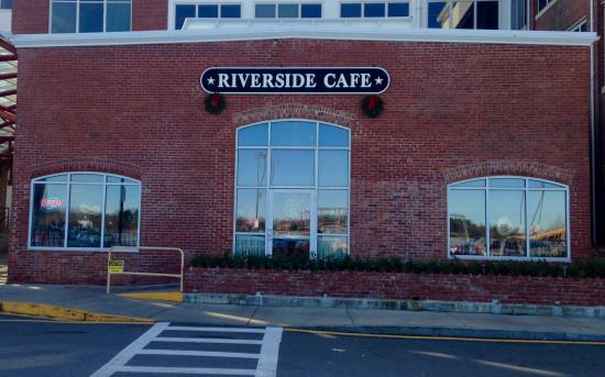 Riverside Cafe • Newburyport • Massachusetts