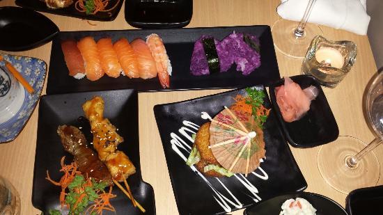 Fisshu Sushi Buffet