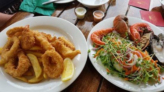 Mapleton, Australia: Seafood Platter for Two.