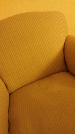 Inn on Barons Creek: If you love the 1970's and long to sleep in Archie Bunker 's stained fold - out chair & yellowed