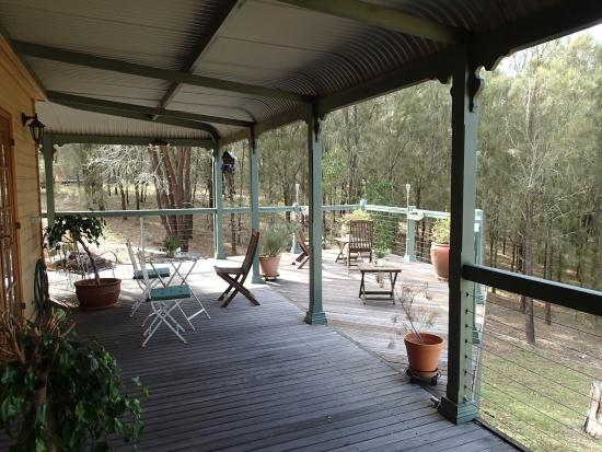 Hunter Valley Bed & Breakfast: Veranda