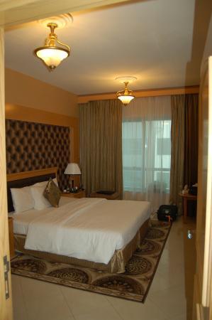 Deira Suites Hotel Apartment : DSC_0176_large.jpg