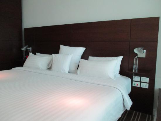 S31 Sukhumvit Hotel: เตียงนอน นิ่มกำลังดี ขนาดเตียง กว้างได้มาตรฐานครับ