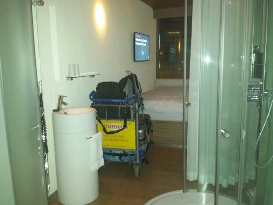 citizenM Schiphol Airport