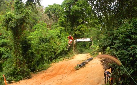 Motocross Phuket: Jungle Motocross track Thailand - Phuket