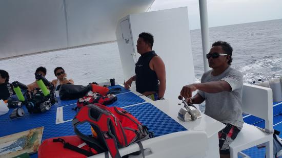 Philippine Fun Divers, Inc.: Captain & Crew