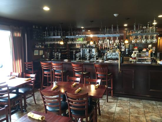 Guilford, CT: Bistro room