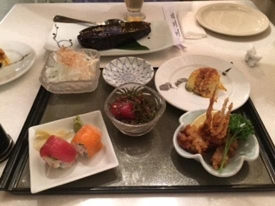 Wasabi Bistro: 前菜盛り合わせ