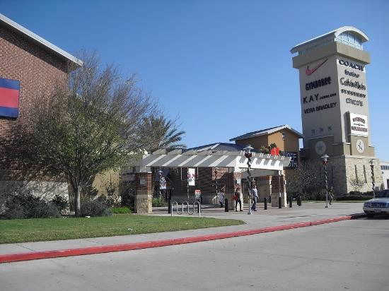 Mohamed Mandour reviewed Premium Oulets @ — 5 star. Sp S on S so S red S · October 28, · Miranda China reviewed Houston Premium Outlets — 5 star. Sp S on S so S red S · May 27, · Posts about Houston Premium Outlets. Dianne Anguiano is at Houston Premium Outlets.5/5(1).